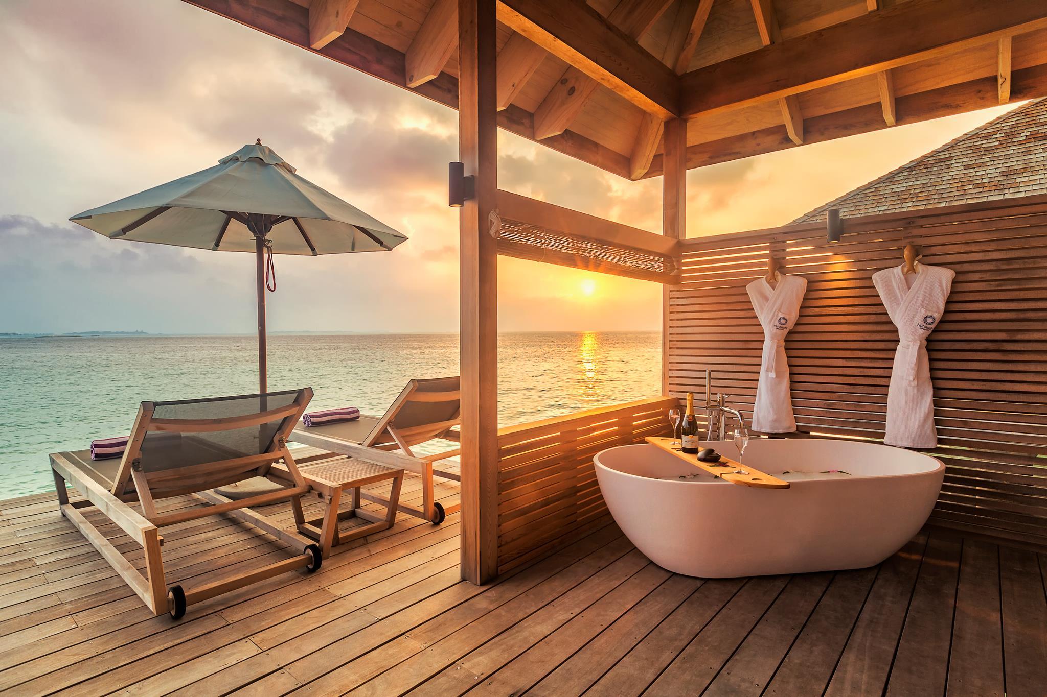Hurawalhi Romantic Ocean Villa