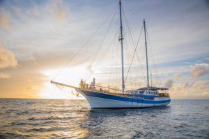 Meeru Sunset Trip on a Yacht